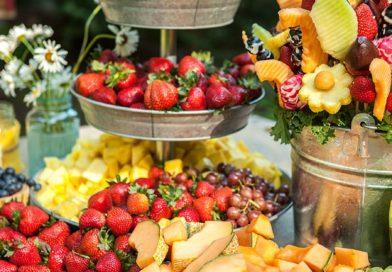 روش های پذیرایی میوه در جشن عروسی