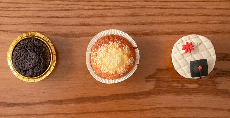 انواع شیرینی در پک پذیرایی مهمانو